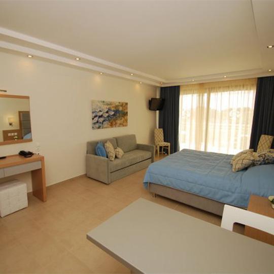 540X540 Premier Interior1