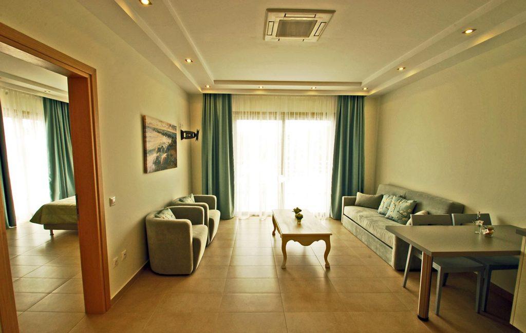 Interior2 1